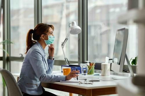 cambiar de trabajo durante la pandemia pros y contras-1