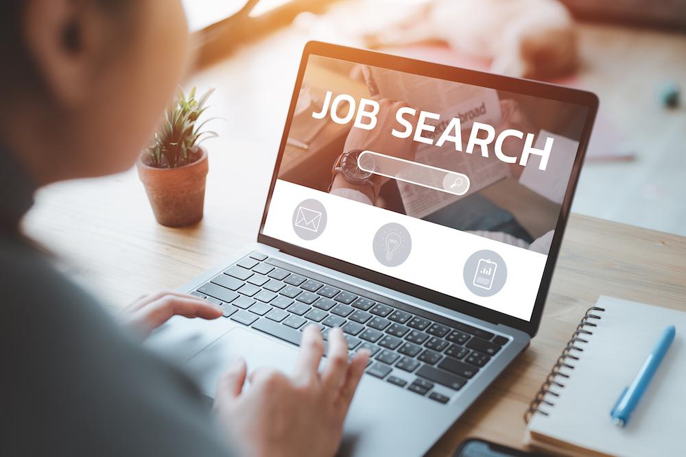 ¿Cuál es el mejor día para buscar trabajo?