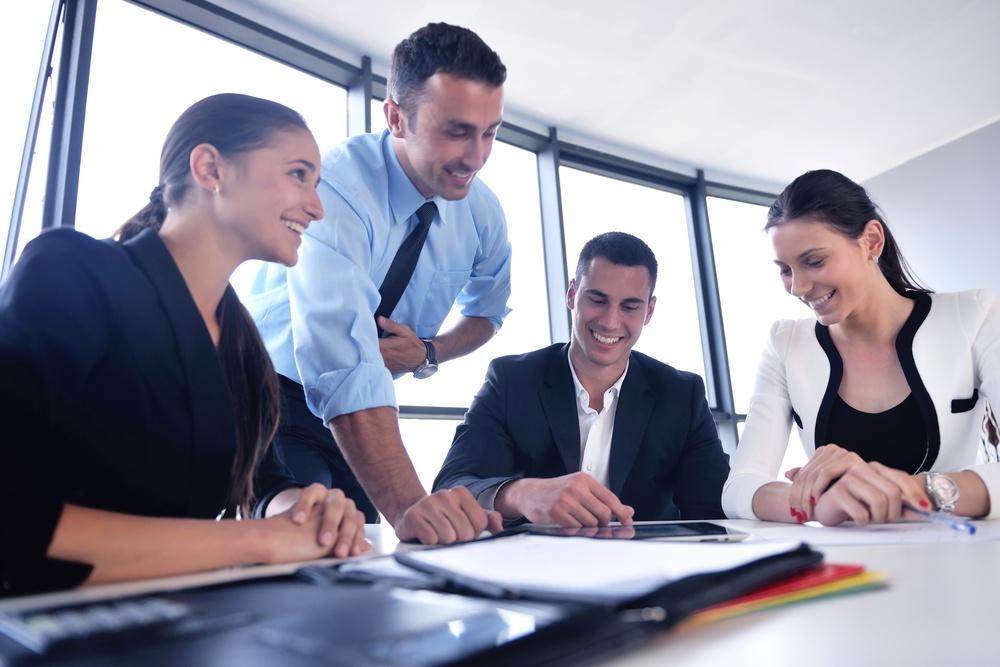 Cuatro maneras de construir una mejor relación con tu jefe