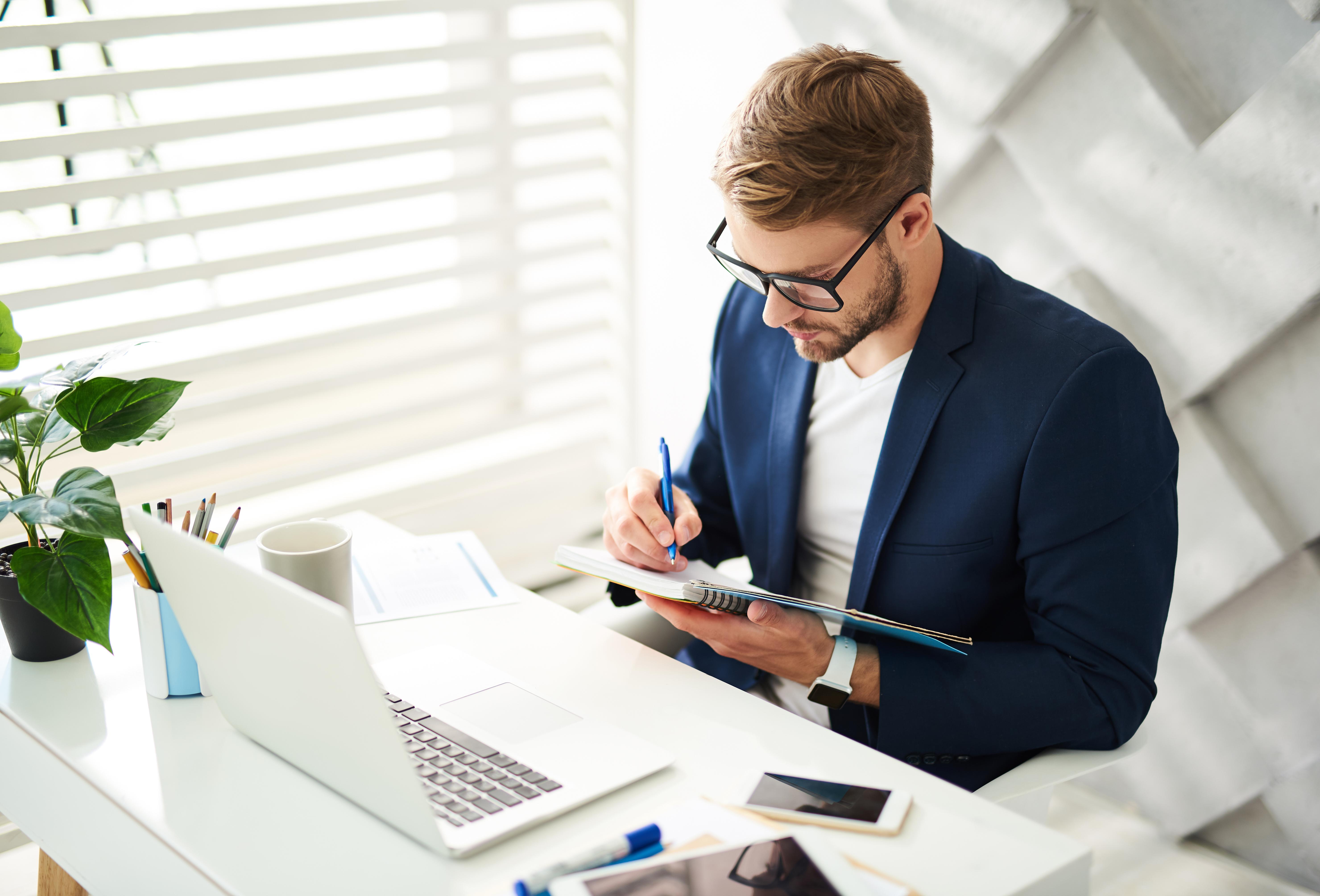 ¿Quieres crecer profesionalmente? Crea un diario de éxito